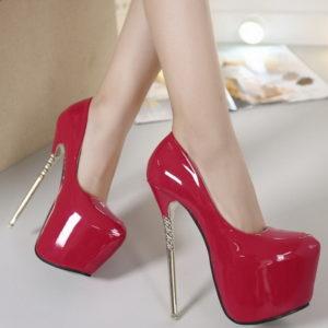 Scarpe rosse lack tacco oro