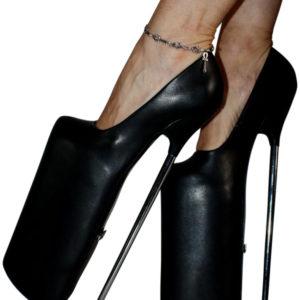 Scarpe nere tacco 30,misure 36- 46