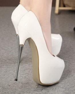 Scarpe bianche laccate